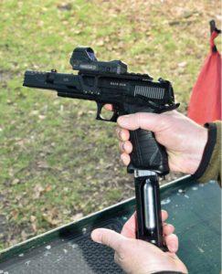Umarex Race Gun Kit Loading the magazine